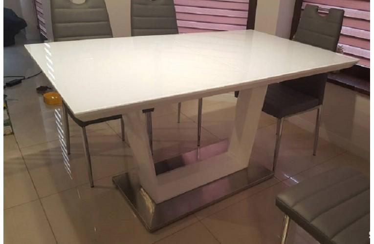 Τραπέζι  LAUREN
