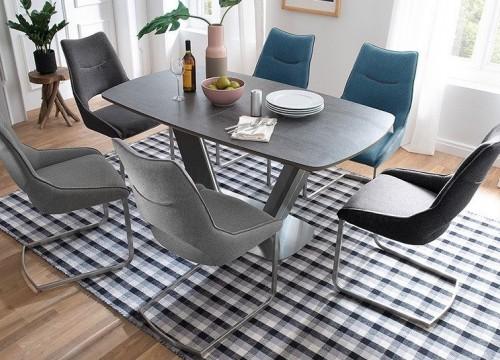 Τραπέζι 17
