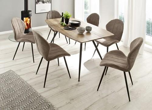 Τραπέζι 4