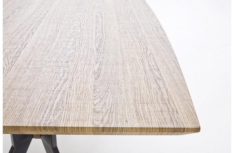 Τραπέζι 9